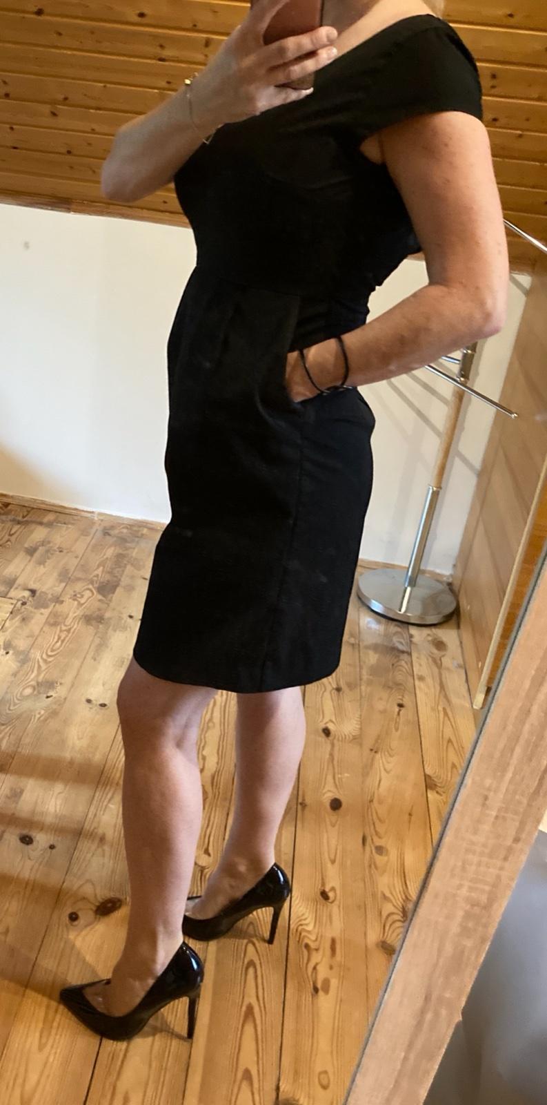 Čierne púzdrové šaty - HM - Obrázok č. 1