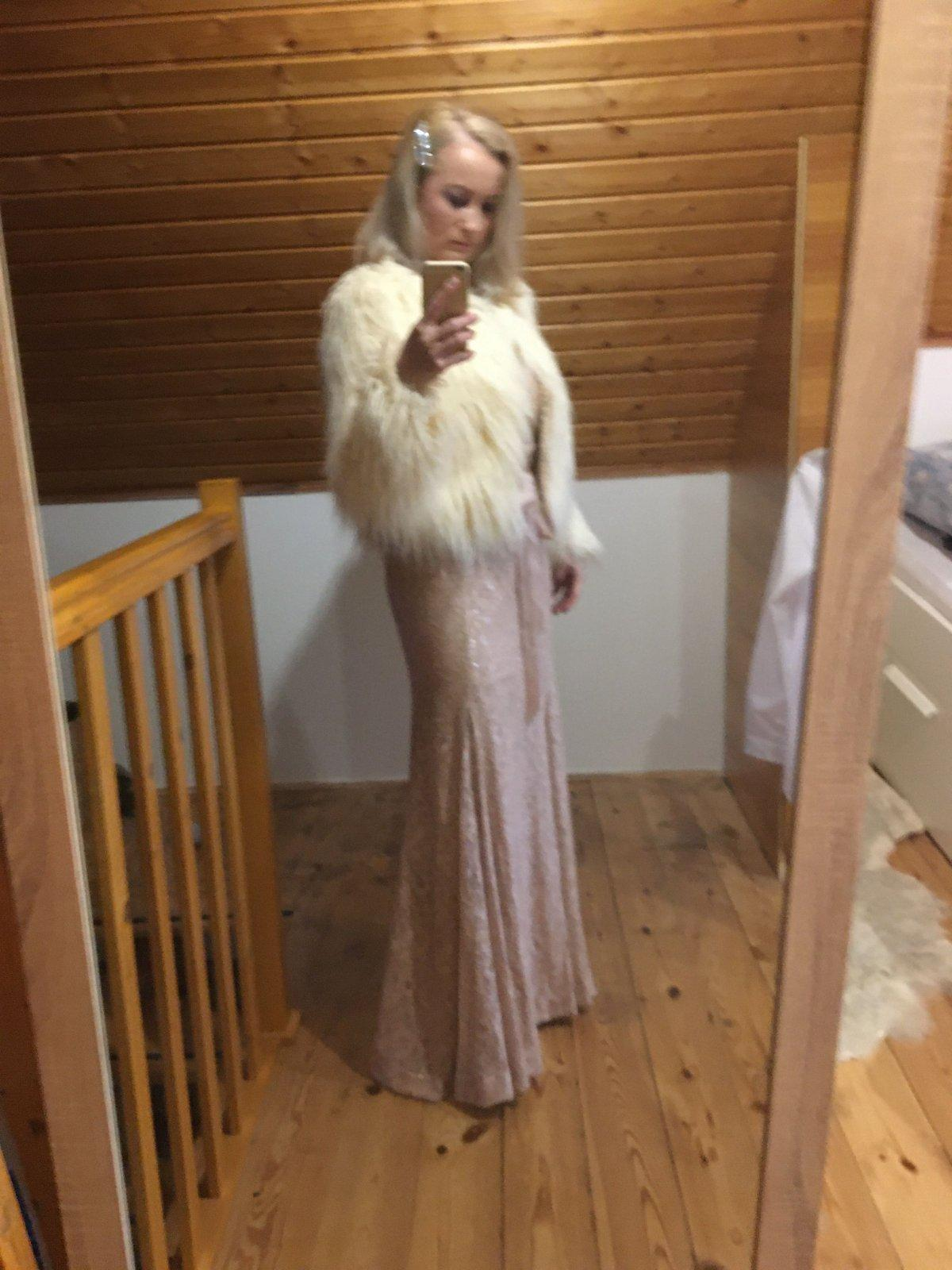 City Goddess šaty UK 40 / M - Obrázok č. 1