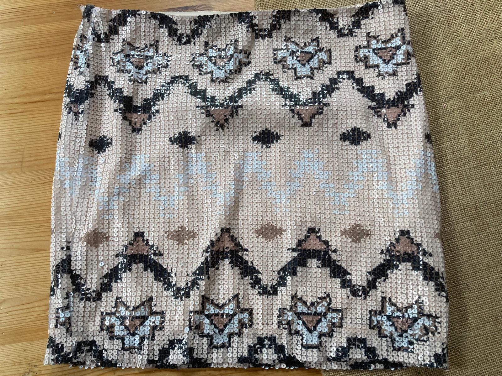 flitrovaná sukňa zn. Cubus - Obrázok č. 1