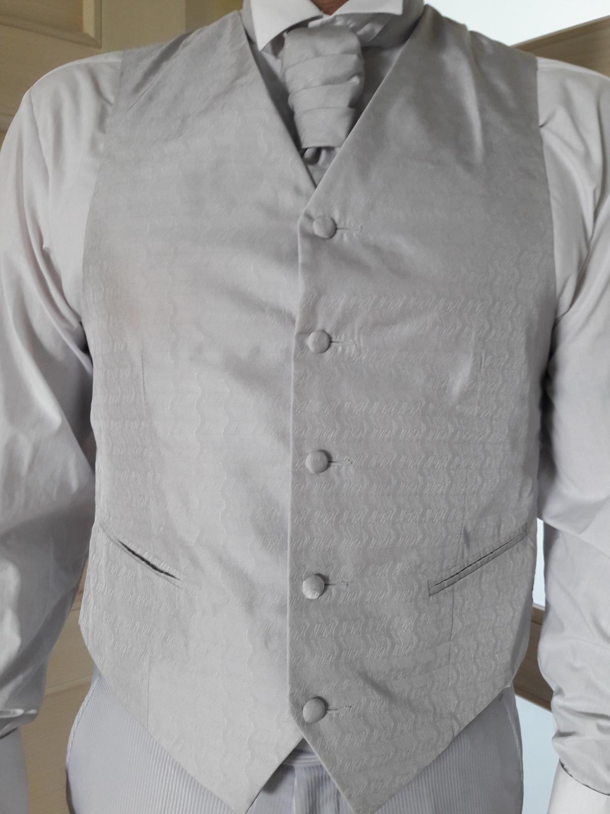 Oblek pre ženícha (svadobný oblek) - Obrázok č. 2