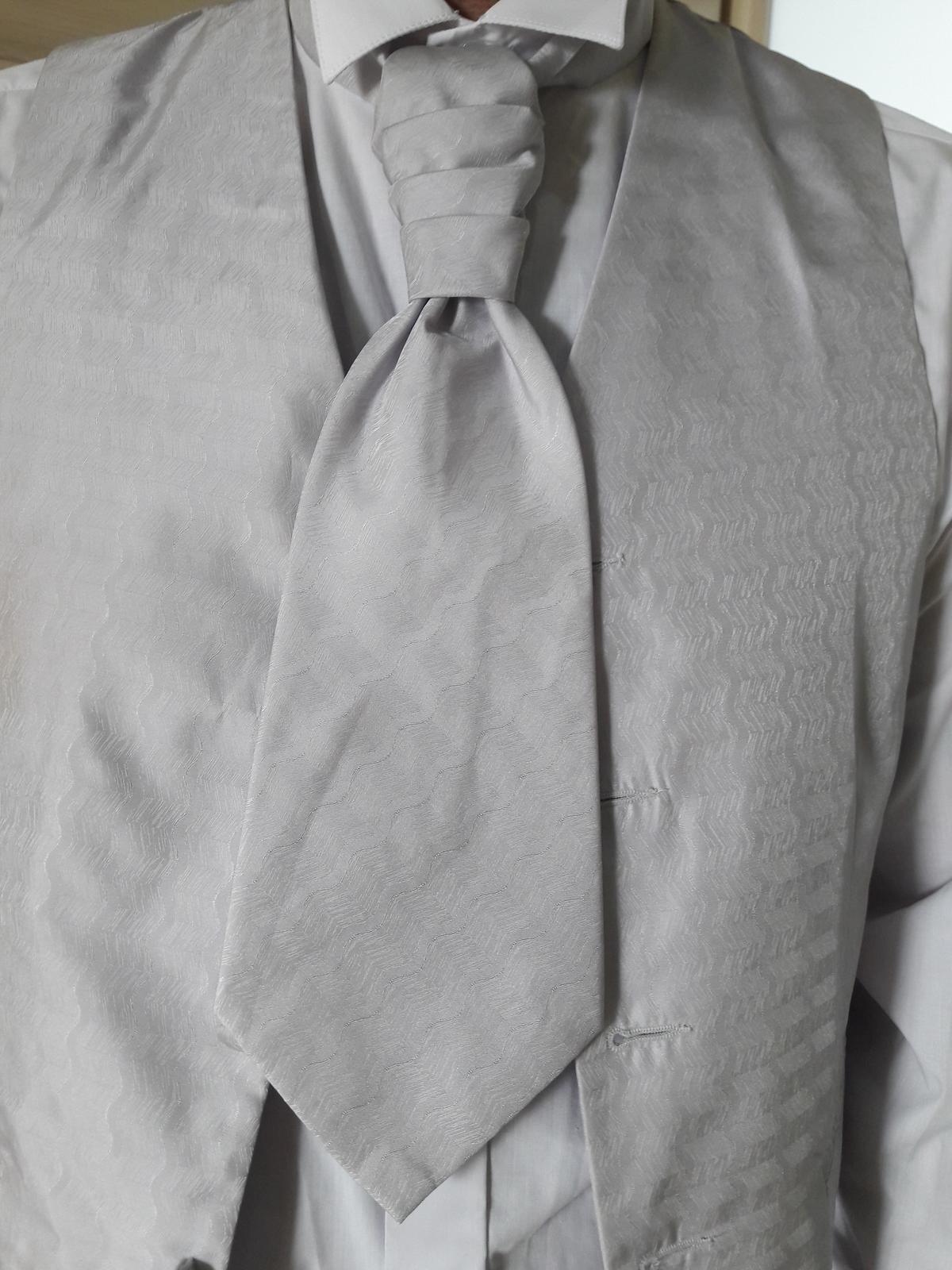 Oblek pre ženícha (svadobný oblek) - Obrázok č. 3