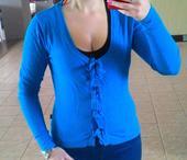 Tyrkysový sveter, 36
