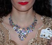 Mohutný náhrdelník s náušnicami,
