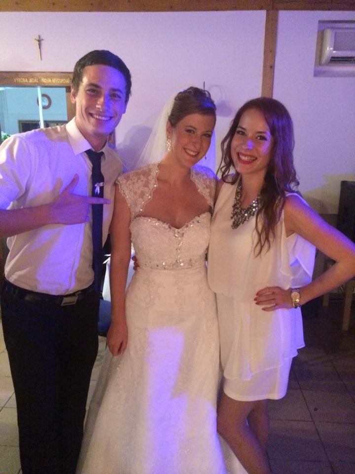 Simonka{{_AND_}}Martinko - Z hostiny so sesterkou a jej kamaratom, zatial len taketo foto od hosti :-)