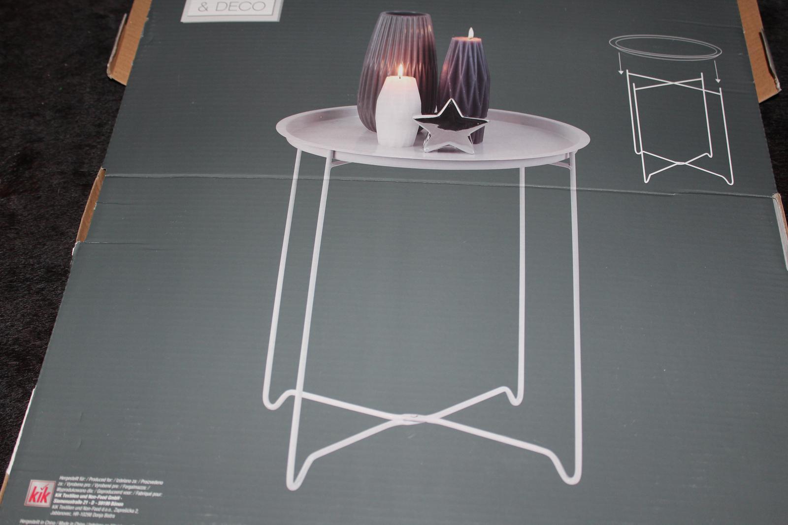 stolek - Obrázek č. 1
