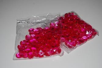 dekorační diamanty, 2 balení (100 ks/balení),nepoužito, cena 50 Kč/balení