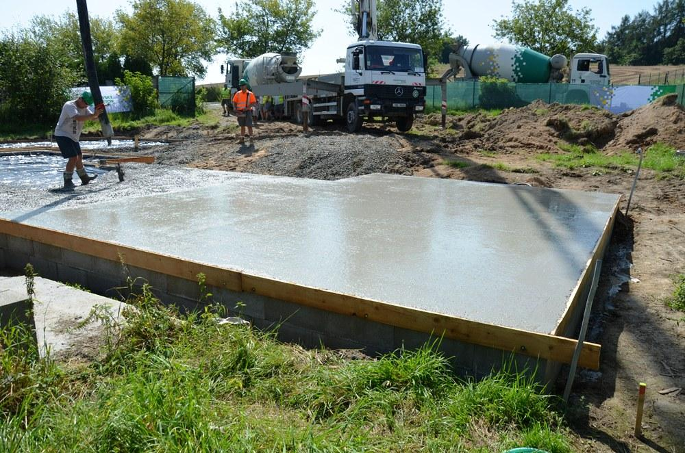 Kvalitní základy rodinného domu s betonem od skupiny Českomoravský beton - Obrázek č. 1