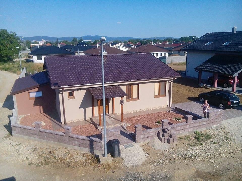 Stavba montovaného domu. - Obrázok č. 115
