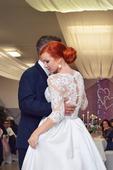 svadobné šaty z dielne Natasha Azariy, 38