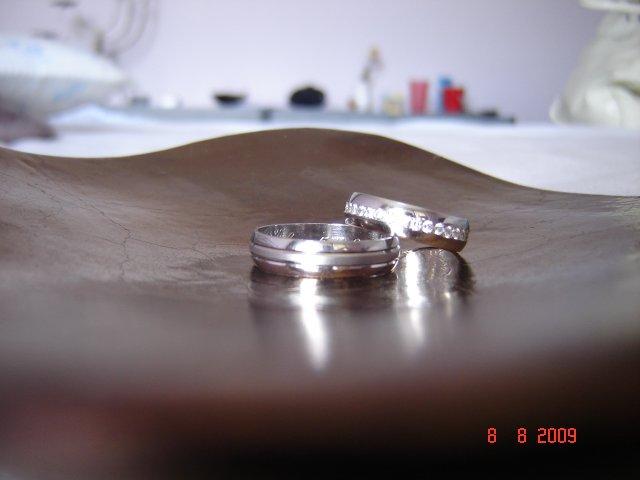 Zuzka & Maťko 5.9.2009 - naše obrúčky