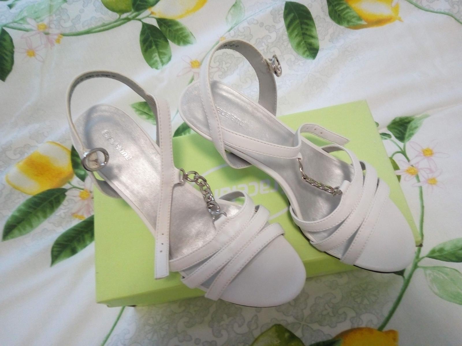 Sandále s retiazkou - Obrázok č. 1