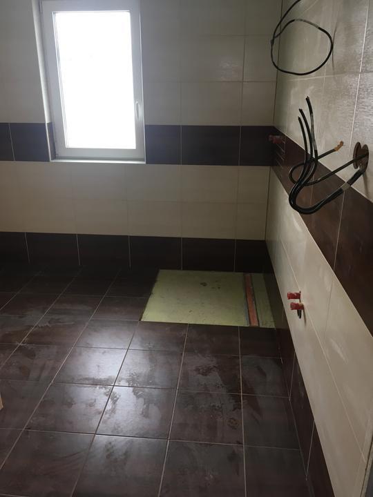 Den 170 - horní koupelna je obložená 😍