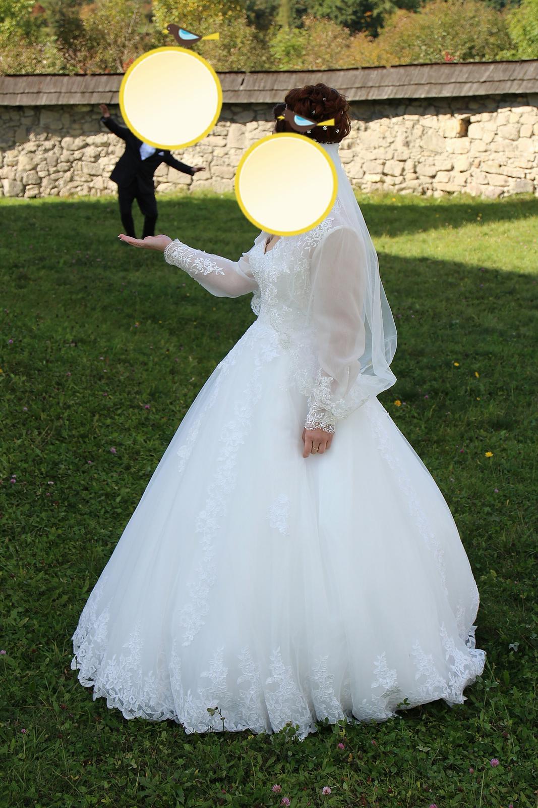 Svadobné šaty a 5 m závoj - Obrázok č. 4