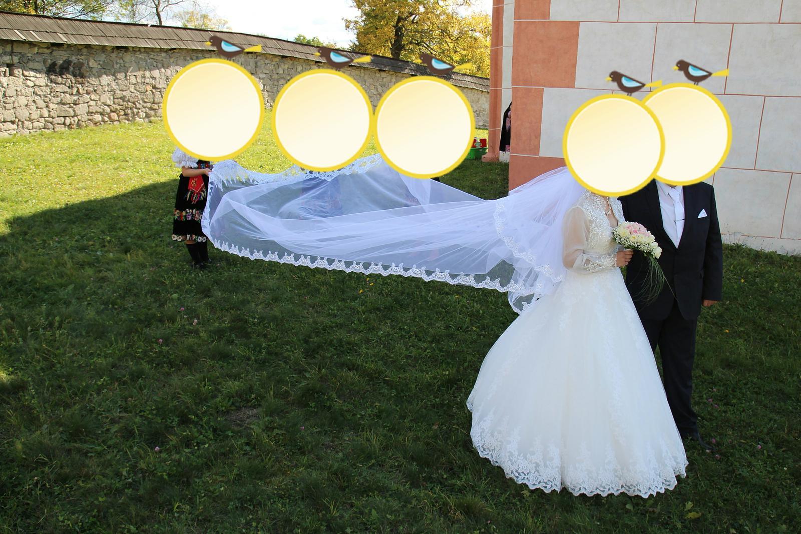 Svadobné šaty a 5 m závoj - Obrázok č. 1