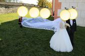Svadobné šaty a 5 m závoj, 46