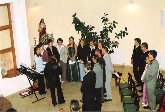 Julia Pastircakova{{_AND_}}Jozef Andrej - Spieval nám zbor z Gregoroviec -sú  to úuuuuužasný ľudia