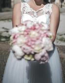 Nádherné snehovobiele svadobné šaty, 40