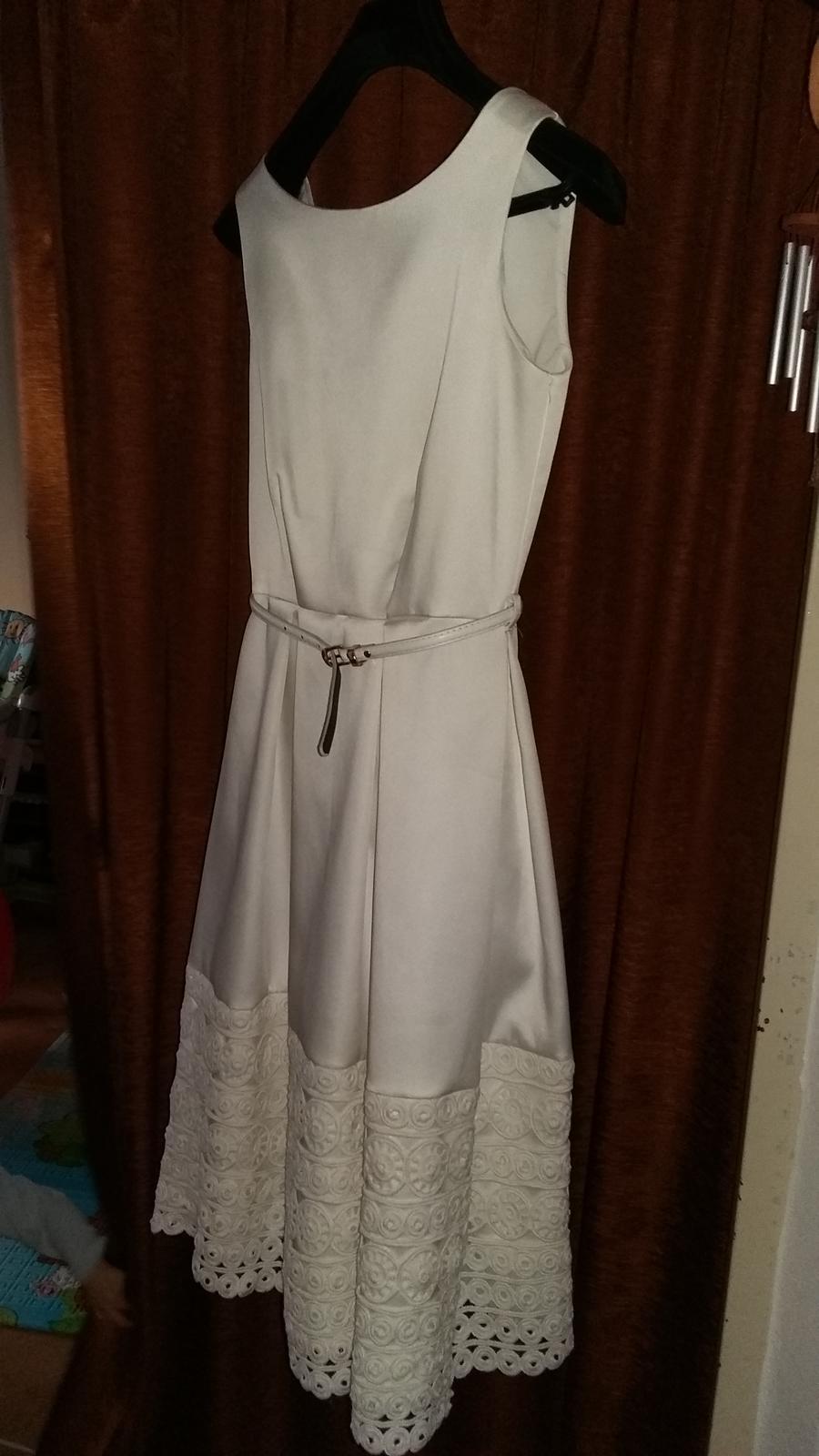 Biele saténové šaty zn. Closet - Obrázok č. 1