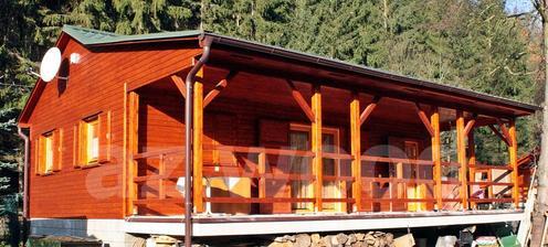 opět krásná veranda...nemusím tento typ nátěru, ale jinak prima česká verze téhož