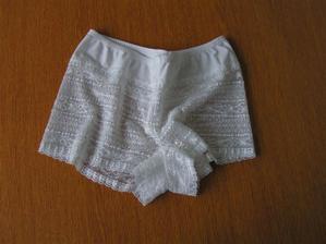 tak a už jsem začala nakupovat spodní prádlo...