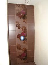 """sprcháč v horní """"malé"""" koupelně"""