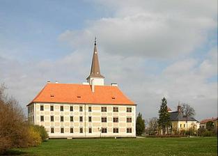 zámek Chropyně