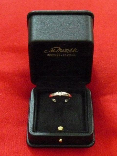 Zasnubny prsten V.