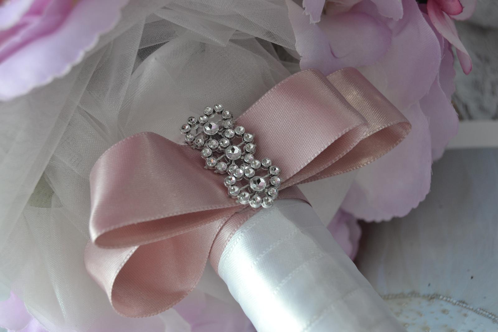 Látkové umělé svatební kytice-info - Obrázek č. 8
