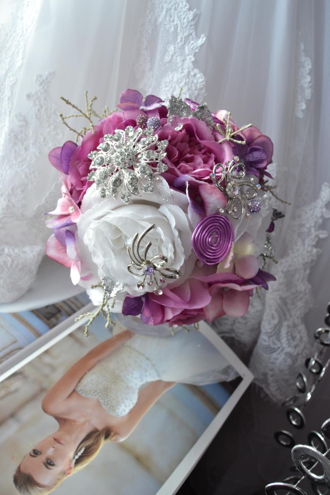Látkové umělé svatební kytice-info - Obrázek č. 12