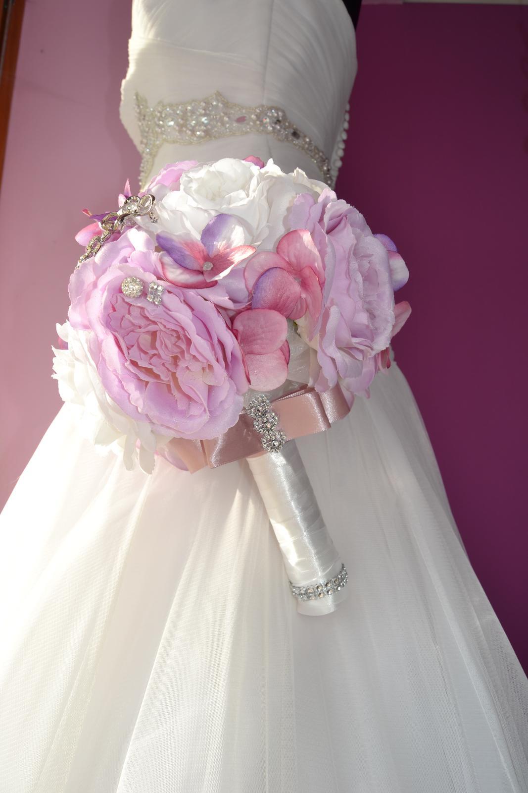Látkové umělé svatební kytice-info - Obrázek č. 15