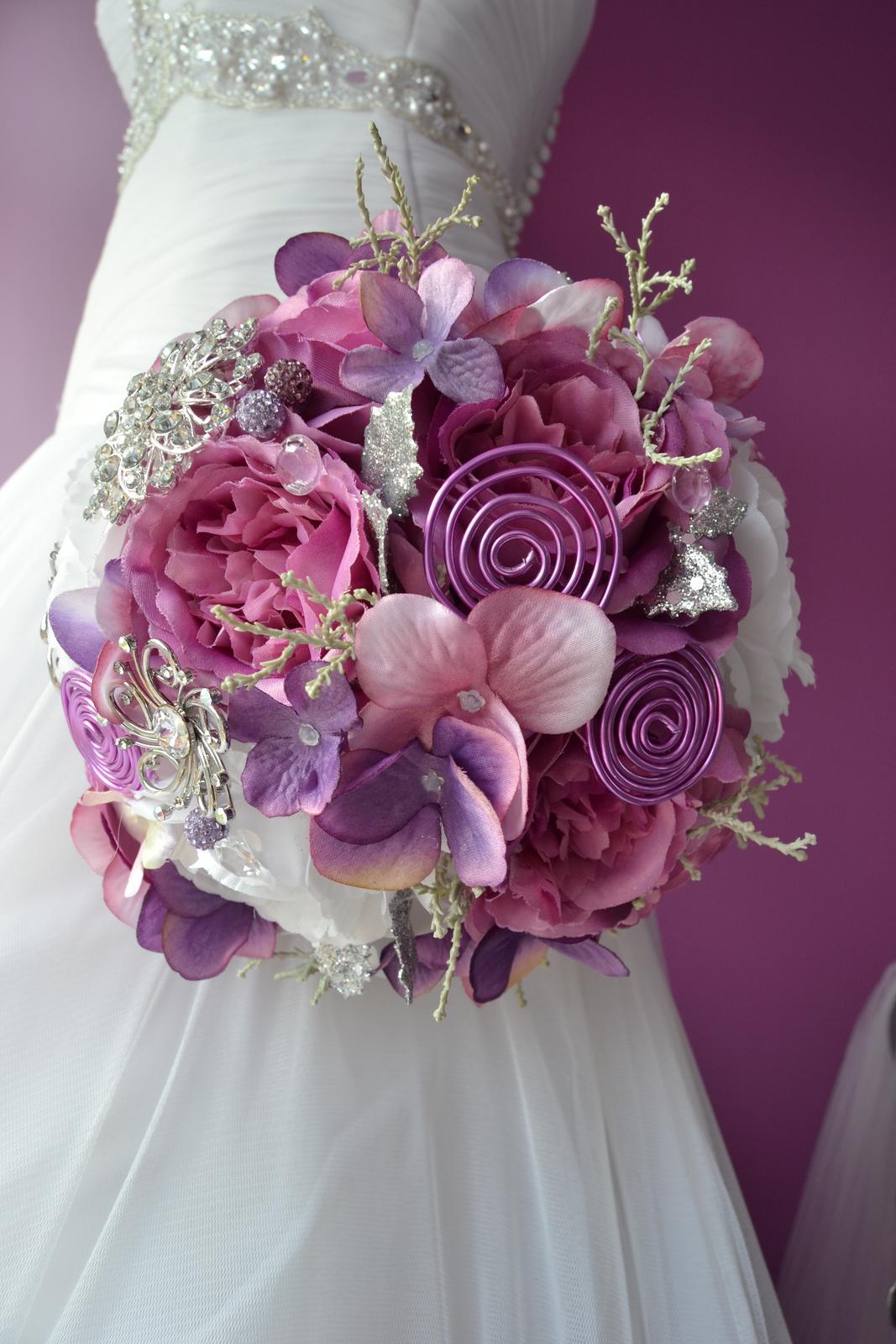 Látkové umělé svatební kytice-info - Obrázek č. 20