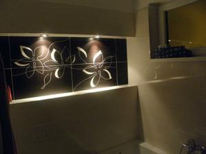 detail na našu NIKU v kúpeľni...