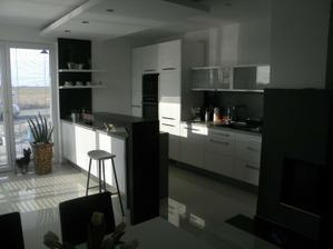 naša kuchyňa cez deň :)