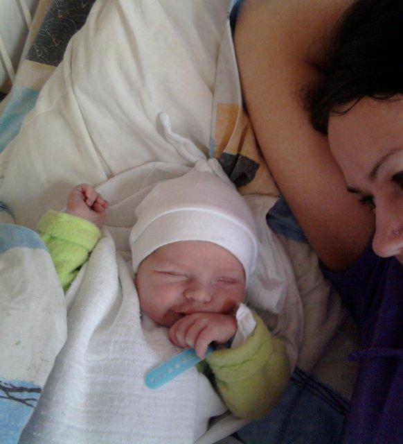 Martinka{{_AND_}}Ferko - naša lásočka NICOLAS...nar.19.2.2010..