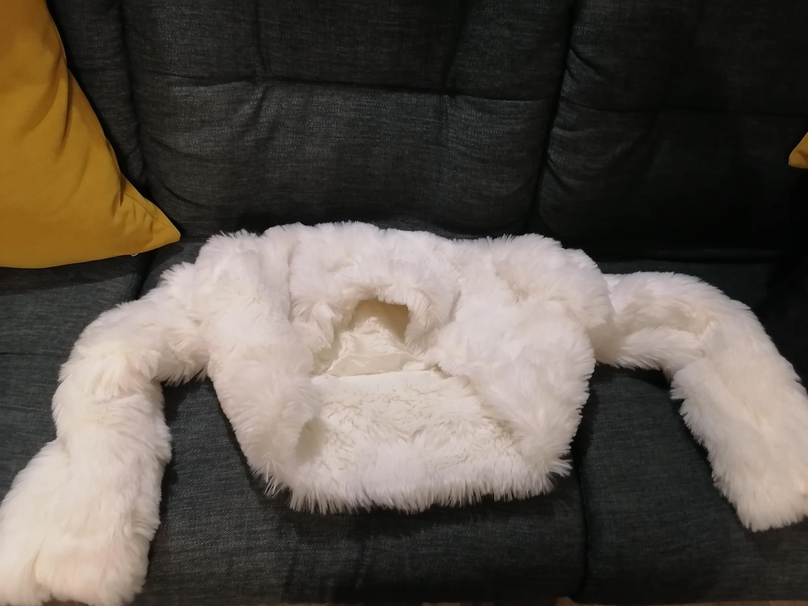 Bolerko bílá pelerina kožešina - Obrázek č. 1