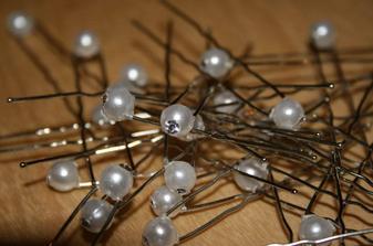 dnešní (16.2.) úlovek, perličky do vlasů...