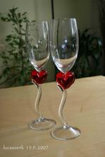 naše skleničky....(tedy hlavně kvůli focení,ale také památka na náš velký den)