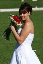 nevěsta a kytííí...
