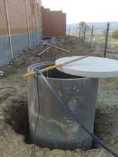 A uz mame aj studnu hotovu:-) Takze vlastne voda:-) Uz ziadne ucty:-)