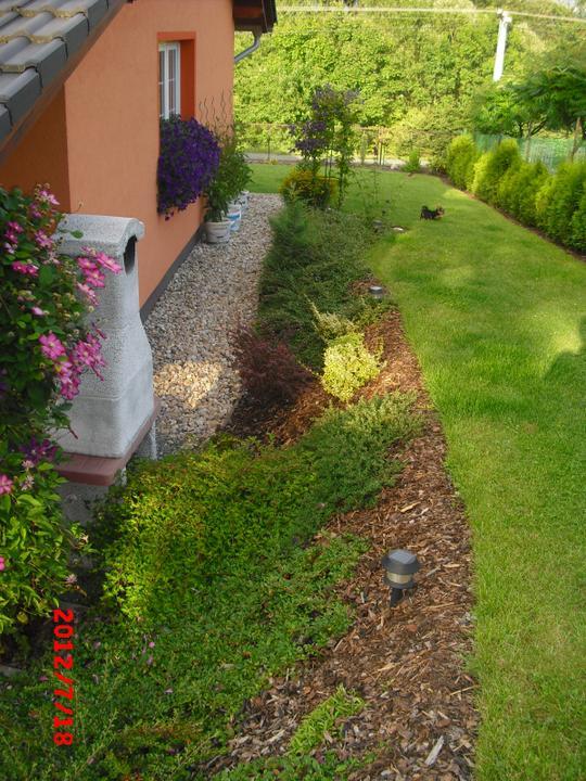 Zahrada a okolí - tady i s hlídačem:-D