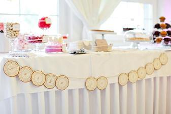 toto by bol stôl plný sladkostí pre detičky