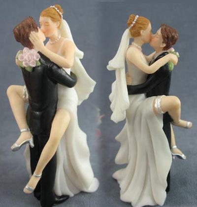 """""""Keby som sa mohla odviazať, moja svadba snov by vyzerala takto..."""" - takáto nejaká soška by mohla byť :)"""