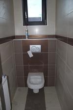 WC este nedokončene...