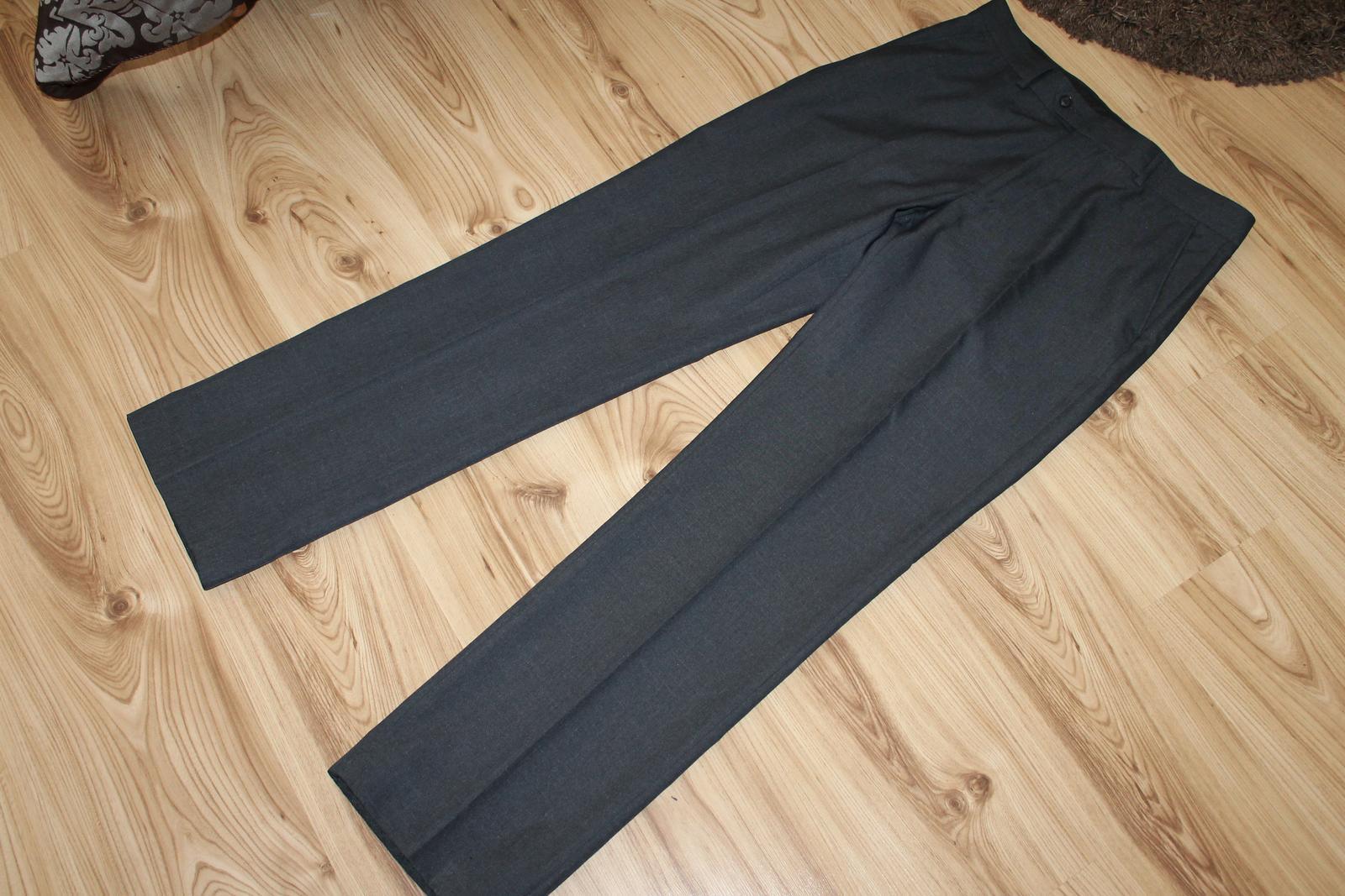 Oblekové nohavice zn. F&F - Obrázok č. 1