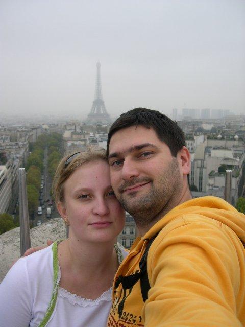 Lucia a Olivier - Vue sur la tour eiffel de l´arc de triomphe.