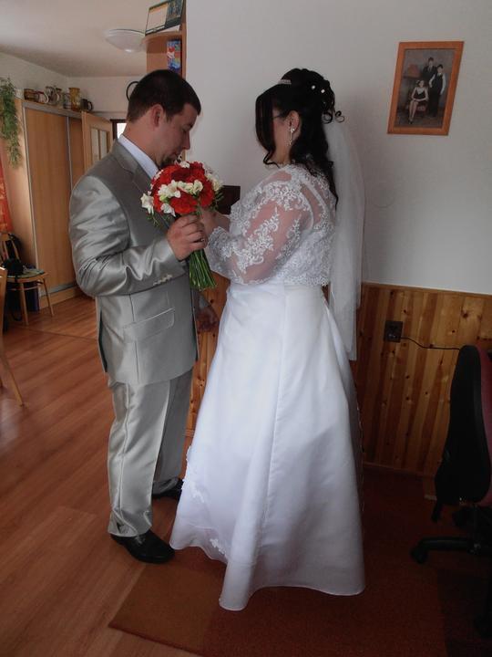 Amaterské fotky z naší svatby :-) - Obrázek č. 39