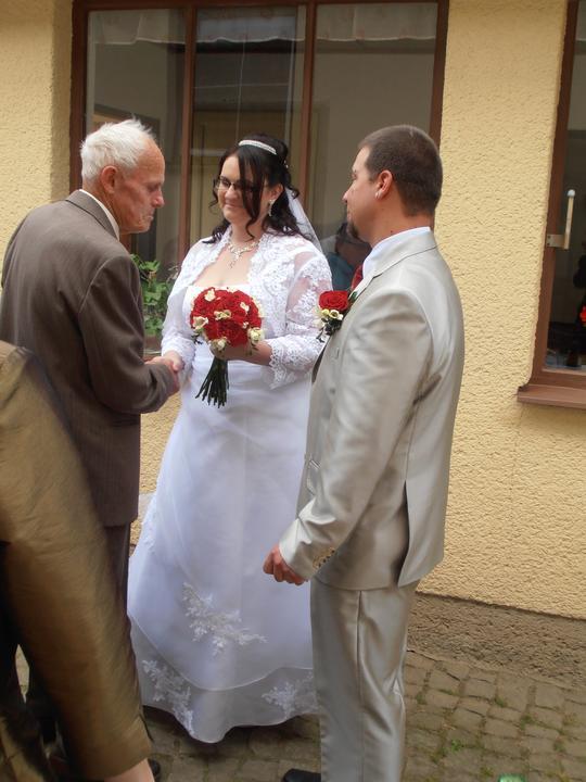 Amaterské fotky z naší svatby :-) - a požehnání od prarodičů