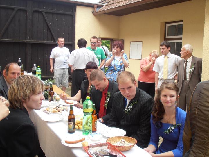 Amaterské fotky z naší svatby :-) - Obrázek č. 43