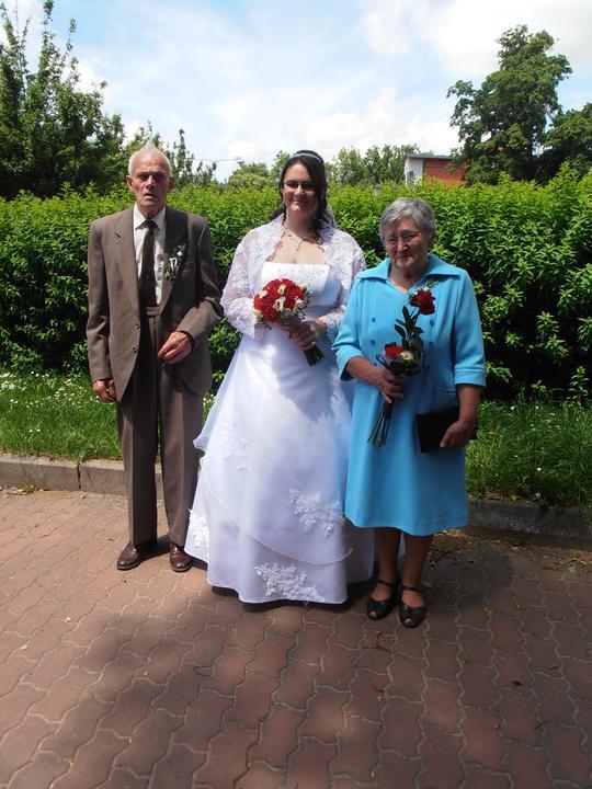 Amaterské fotky z naší svatby :-) - s prarodiči