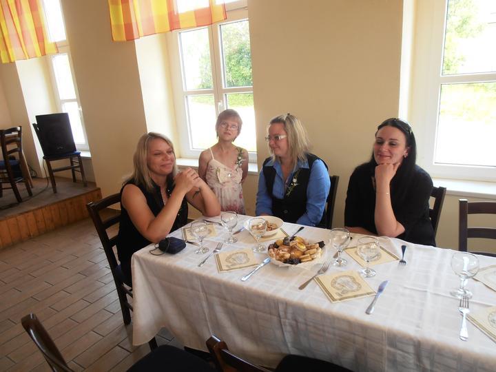 Amaterské fotky z naší svatby :-) - Obrázek č. 59